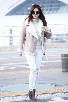 151210 Seohyun @ Incheon Airport heading to Nagoya for Phantasia in Japan Concert