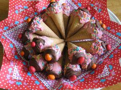Cake pops Cupcake Cones, Cake Pops, Breakfast, Om, Board, Morning Coffee, Cakepops, Sign, Cake Pop