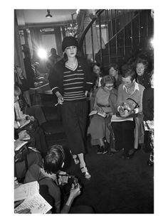 WWD - October 1972 - Sonia Rykiel Spring 1973 RTW by Reginald Gray