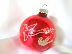 Vintage Shiny Brite Christmas Ornament, White VD Stenciled Dove Birds on Red Ornament