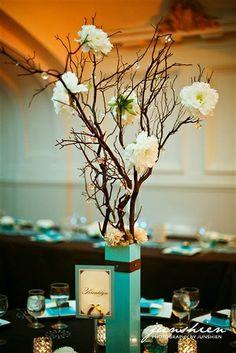 DIY Wedding Centerpieces Branches | DIY Manzanita branch centerpieces by JesWes • Photo by ... | Wedding