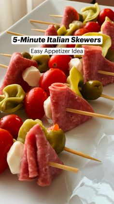 Cold Appetizers, Finger Food Appetizers, Easy Party Finger Food, Appetizers On Skewers, Finger Foods For Wedding, Appetizers For Dinner Party, Easy Party Recipes, Easy Food For Party, Food For Parties