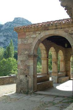 Santa María de Lebeña  #Cantabria #Spain