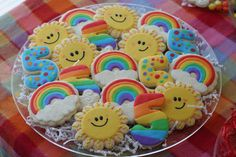 rainbow birthday platter from cookies with character. I might make the rainbow ones for Madailein's birthday party. Iced Cookies, Cute Cookies, Cupcake Cookies, Cupcakes, Rainbow Sugar Cookies, Rainbow Birthday Party, Rainbow Parties, Birthday Blast, Birthday Kids