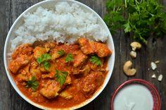 Kurczak maślany - indyjski butter chicken - niebo na talerzu Butter Chicken, Garam Masala, Curry, Healthy, Ethnic Recipes, Impreza, Food, Curries, Hoods