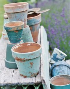 Chippy shabby turquoise and aqua painted clay pots for the beach cottage + plants + landscape Garden Crafts, Garden Projects, Vignette Design, Painted Clay Pots, Pot Jardin, Ideias Diy, Outdoor Projects, Yard Art, Garden Inspiration