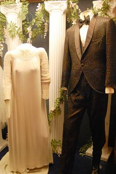 Elvis & Priscilla Presley's Wedding Attire At the Graceland Mansion in Memphis, Tennessee