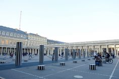 Palais royal  Colonnes de  Buren Paris