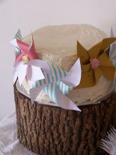 {SWEET PEA's} birthday paper pinwheels via twogreenolivetrees,
