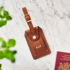 Special Gifts, Great Gifts, Unique Drawings, How To Get Thick, Leather Luggage Tags, Black Gift Boxes, Dark Tan, Brass Buckle, Wash Bags
