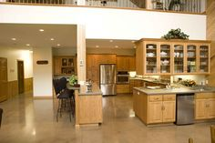 """Floors...actually all interior photos of """"Eugene & Kathy's home"""" on Morton's website"""
