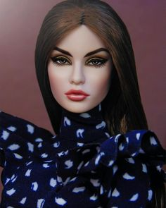 Image may contain: 1 person, closeup Glamour Makeup, Boho Makeup, Fashion Royalty Dolls, Fashion Dolls, Poppy Parker, Dress Up Dolls, Dolly Doll, Doll Repaint, Doll Parts