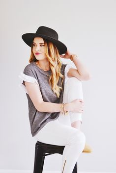 #fashion #fashionphotography #graytee #whitepants #oliveAve