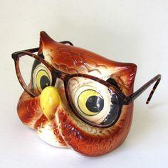 this exact owl glasses holder Owl Snacks, Horned Owl, Ceramic Owl, Eyeglass Holder, Vintage Owl, Owl Bird, My Spirit Animal, Cute Owl, Antique Stores