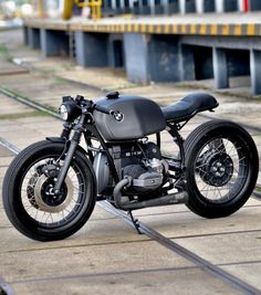 Since that time We have written about Regal Enfield Round Café Speed, I used to Sportster Cafe Racer, Bmw Cafe Racer, Cafe Racer Build, Cafe Racer Motorcycle, Vintage Cafe Racer, Moto Cafe, Cafe Bike, Bike Bmw, Bmw Motorcycles