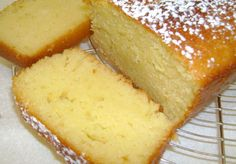 Fluffy Nature Cake with Thermomix - Dish . - Fluffy plain cake with Thermomix, recipe for a tasty yogurt cake, fluffy and sweet, very easy to ma - Homemade Cheesecake, Easy Cheesecake Recipes, Homemade Cake Recipes, Nature Cake, Chocolate Cake Recipe Easy, Cake Chocolate, Sponge Cake Recipes, Yogurt Cake, Cake Recipes From Scratch