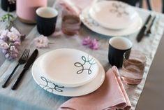 Gmundner Keramik - Pur Geflammt Grau  - Handbemaltes Geschirr - 100% aus Österreich Pure Products, Tableware, Hand Painted Dishes, Handmade, Grey, Handarbeit, Dinnerware, Tablewares, Dishes