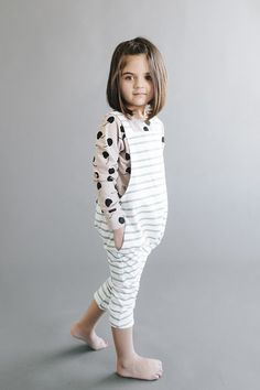 Short Haircuts for Little Girls 2018 Cute Short Haircuts for Little Girls: Short Haircuts for Little Girls Cute Little girls are always looking for some of the latest haircuts and hairstyles Little Girl Short Haircuts, Kids Girl Haircuts, Short Hair For Kids, Bob Haircut For Girls, New Short Haircuts, Short Hair Cuts For Women, Little Girl Hairstyles, Kid Hairstyles, Short Hair Little Girls
