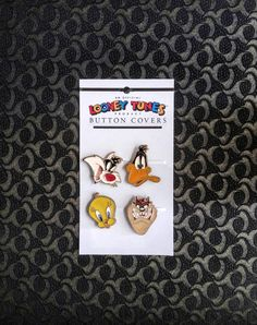 Looney Tunes Button Cover Vintage TV Memorabilia 4 Daffy Duck /Tweety /Tasmanian Devil / Sylvester Warner Brothers 1993 Cartoon Fashion Ware by KarmaKollectibles on Etsy https://www.etsy.com/listing/488384080/looney-tunes-button-cover-vintage-tv