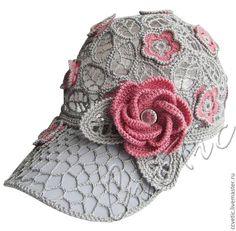 Bild könnte enthalten: Hut