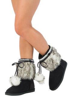 Fairbanks - fuzzies,  boots
