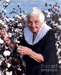 Creek Indian Mother from the Heart of Dixie, Alabama. Grew up picking cotton, hard labor for little pay. She and her husband worked hard and raised a family in very difficult times. She lived to be almost 100yrs old, missing it by 5 months. Her name was Ruby McGhee Barnhill.