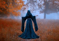 Oul te scapa de farmece si blesteme | Divahair.ro Royalty Free Images, Royalty Free Stock Photos, Witch Pictures, Dark Queen, Spell Designs, Autumn Forest, Psalm 23, Love Spells, Priest