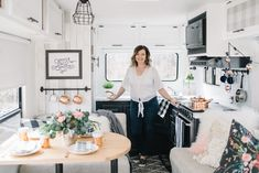Budget renovation of a fifth wheel travel trailer with paint, fabric, wallpaper, and hardware Travel Trailer Remodel, Travel Trailers, Camper Trailers, Feng Shui, Diy Camper, Camper Life, Camper Ideas, Camper Van, Small Country Homes