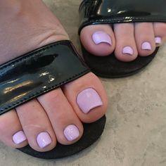 Do you miss me? #feetporn #footfetishnation #footfetish #toes #soles #longtoes #sexy #sexysoles #sexyfeet #goddess #goddessfeet #sweetfeet #prettyfeet #prettysoles #pedi #pedicure #barefoot #barefeet #suckmytoes #instafeet #footmodel #solefetish #girlsfeet #heels #highheels #smellyfeet #femaledomination