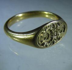 European Seventeenth century armorial ring. Ca 1660-80 , probably German