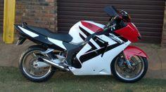 Honda CBR 1100 XX Super BlackBird Fuel Injection, Blackbird, Cbr, Rockets, Color Schemes, Honda, Motorcycles, Bike, R Color Palette