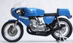 Racing Cafè: Suzuki GT 750 1972-1978 European Motorcycles, Vintage Motorcycles, Classic Bikes, Classic Cars, Suzuki Gt 750, Cafe Bike, Old Boats, Motor Scooters, Bike Design