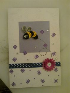 Cute bee card-use small flower from Groovy set for background stamp.