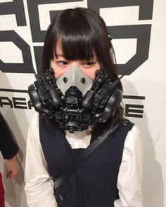 Arte Cyberpunk, Cyberpunk Fashion, Gas Mask Girl, Photographie Portrait Inspiration, Pose, Bridesmaid Makeup, Masks Art, Cosplay Girls, Asian Cosplay