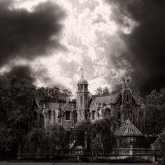 Haunted Mansion Photography