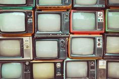 Photographic Print: Pattern Wall of Pile Colorful Retro Television (Tv) - Vintage Filter Effect Style. Aesthetic Collage, Aesthetic Vintage, 80s Aesthetic, White Aesthetic, Aesthetic Fashion, 1990 Style, Vintage Television, Television Tv, Milky Way Stars