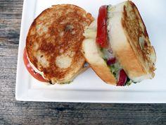 mini caprese grilled cheese sandwiches