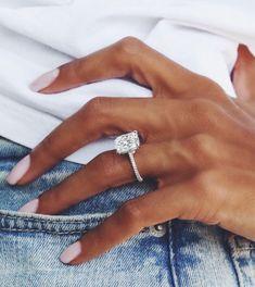 princess cut engagement rings that look amazing! Classic Engagement Rings, Princess Cut Engagement Rings, Platinum Engagement Rings, Engagement Ring Cuts, Solitaire Engagement, Wedding Engagement, Elegant Wedding Rings, Wedding Rings Solitaire, Wedding Rings Rose Gold