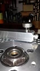 The hardinge hlv em lathes have two rows of isions on parallel