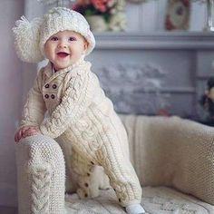 Crochet Baby Outfits Boy Children 19 Ideas For 2019 Winter Baby Clothes, Baby Girl Winter, Knitted Baby Clothes, Knitted Romper, Crochet Baby Hats, Winter Babies, Crochet Beanie, Cool Baby, Pretty Baby