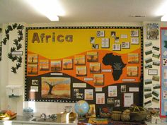 Photographs and Examples of Primary Teaching Displays Classroom Display Boards, Display Boards For School, Classroom Design, Classroom Themes, Primary Classroom Displays, Teaching Displays, Class Displays, School Displays, Handas Surprise