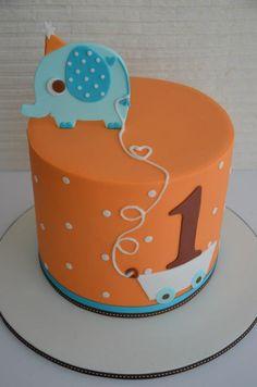 Elephant cake for 1st birthday....sooo cute! :D