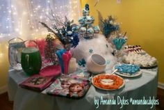 #frozen #birthday #party Snowman noses. Ice cubes (marshmallows dipped in candy melts). Snow Balls (DD doughnut holes). Blue punch that looks green in picture.