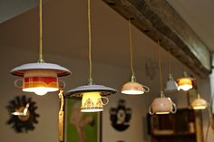 Hoch die Tassen! – An Treibholz /ins Fenster hängen - Untertassen an die Wand drumherum