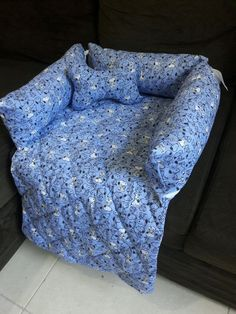 I want this for all my furniture Dog Sofa Bed, Dog Bag, Coat Patterns, Dog Coats, Pet Beds, Baby Dogs, Diy Stuffed Animals, Pet Accessories, Pet Shop