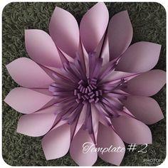 Large Paper Flowers, Giant Paper Flowers, Paper Roses, Diy Flowers, Fabric Flowers, Flower Diy, Diy Fleur Papier, Diy Papier, Fleurs Diy