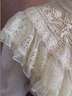Victoriana style Gunne
