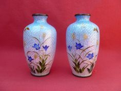 PAIR ANTIQUE / VINTAGE JAPANESE GINBARI CLOISONNE VASES. MARK TO BASE