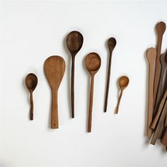 Easy tutorial on how to make your own gorgeous hand-carved wooden spoons