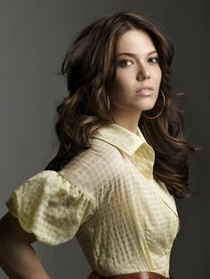 Newlywed Mandy Moore is featured on the April 2009 cover of Marie Claire, on stands March Interview highlights below: On ex DJ AM. My Hairstyle, Pretty Hairstyles, Bride Hairstyles, Hairstyle Ideas, Kate Middleton, Mandy Moore Hair, Carrie, Great Hair, Hollywood